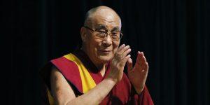 Dalai Lama ne oferă aceste 18 lecţii de viaţă