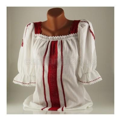 Vara aceasta se poartă ținutele vestimentare tradiționale