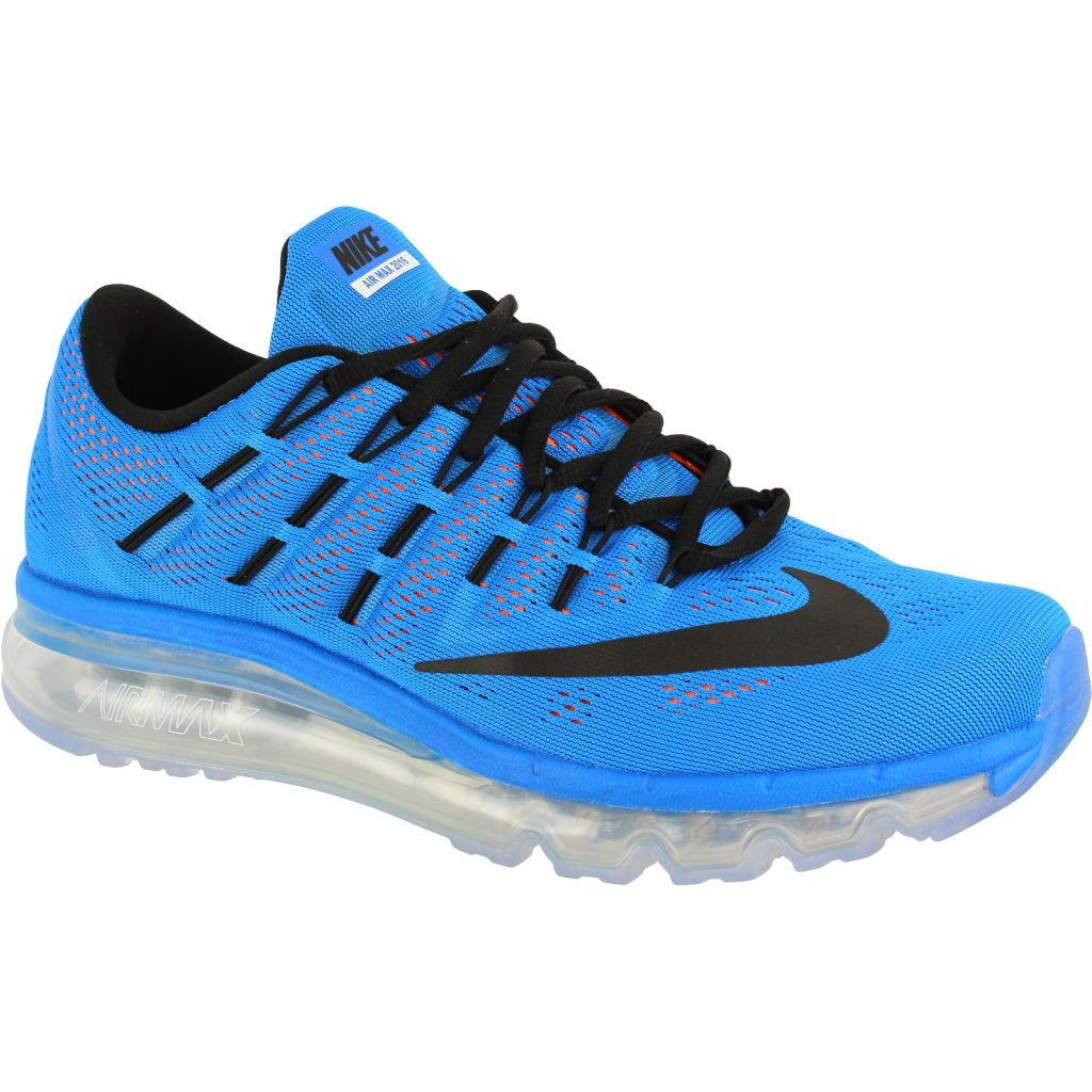 Am cumpărat pantofi sport Nike la reducere